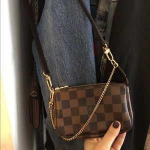 Louis Vuitton pochette !
